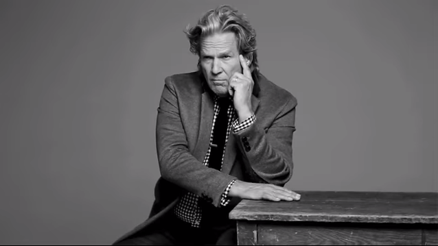 Video - Life Advice from SantaBarbarian Jeff Bridges Image